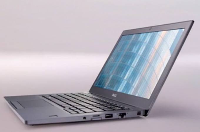 Dell Latitude 7490 Photos