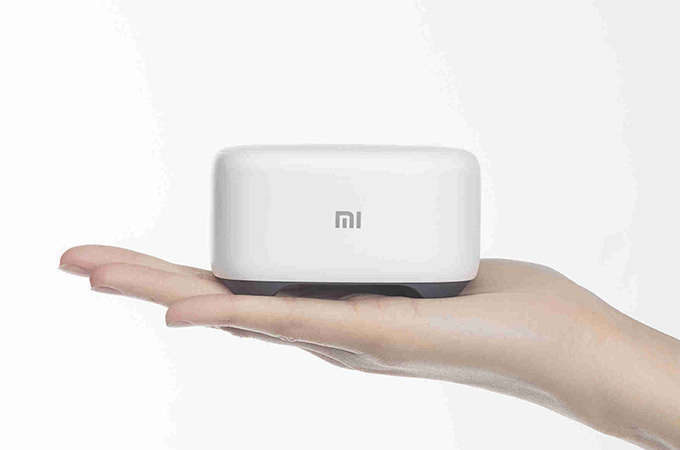 Xiaomi Mi AI Speaker Mini Photos