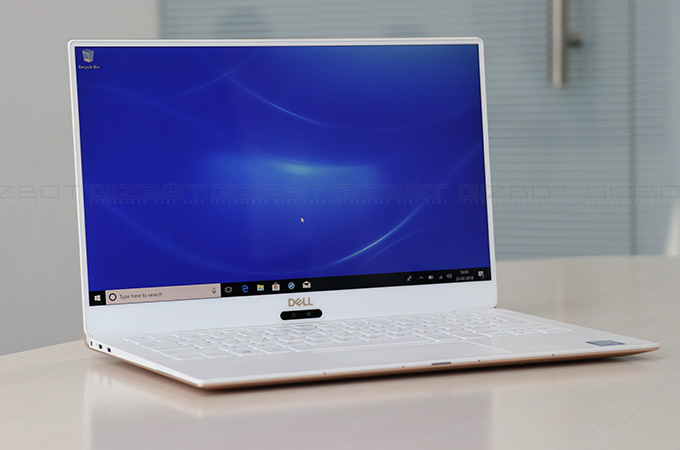 Dell XPS 13 (2018) Review Photos