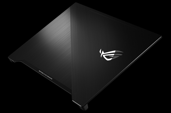 Asus ROG Zephyrus M (GM501) Photos