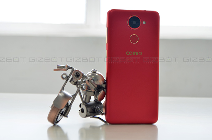 Comio X1 Review Photos