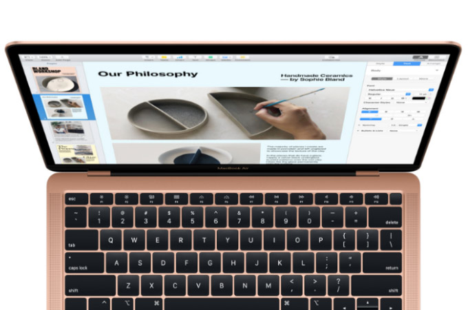MacBook Air 2018 Photos