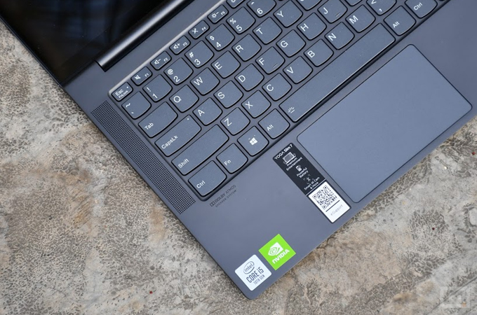 Lenovo Yoga Slim 7 Review Photos