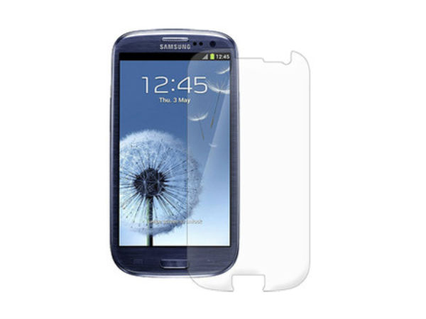 Amzer 93960 Anti-Glare Screen Protector with Cleaning Cloth
