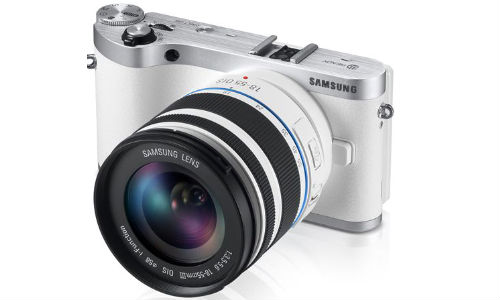 Samsung Unveils 3D-capable NX300 Mirrorless Camera and 45mm f/1.8 2D/3