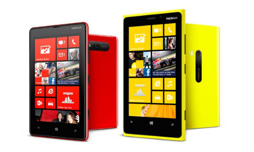 Nokia Lumia 920, 820 Available Online in India at Rs 37k and Rs 27k