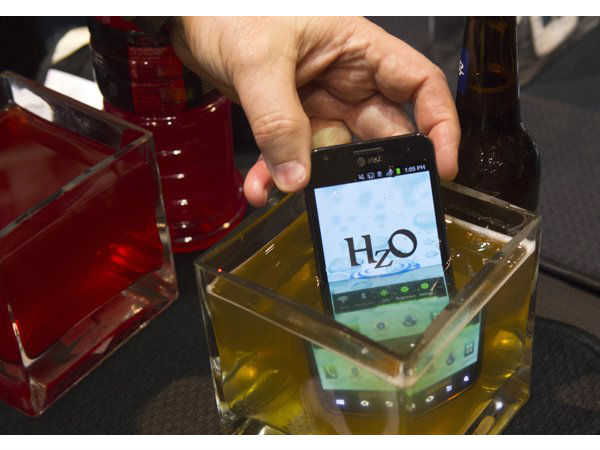 Smartphone from HzO with water block technology
