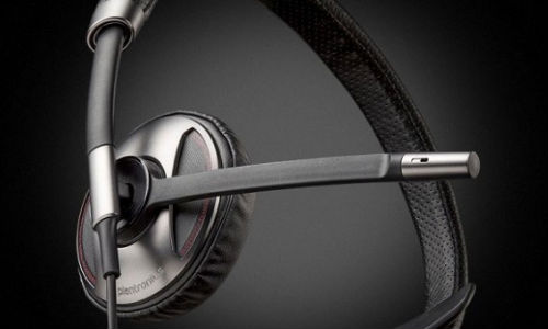 Plantronics Introduces Blacktop 500 Commercial Driver Headset