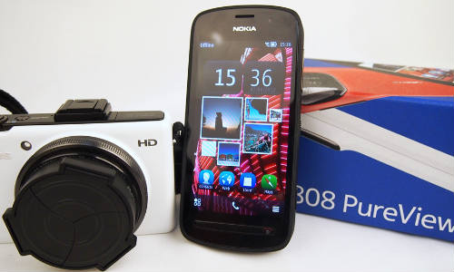 Nokia EOS To Clash With HTC M7 This Summer: PureView vs Ultrapixel War