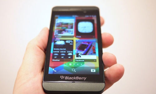 BlackBerry Z10 Coming to India on February 25: An iPhone 5 Crusher?