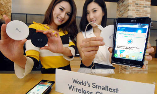 LG WCP-300: World's Smallest Wireless Charger Flaunted at MWC 2013