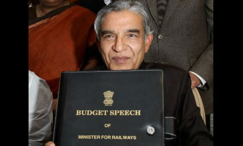 Rail Budget 2013: Free Wi-Fi Facility On Select Trains