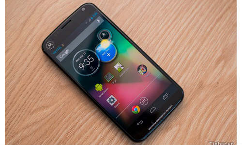 Motorola XT912A: Android Handset With 4.65-inch HD display, 2GB RAM