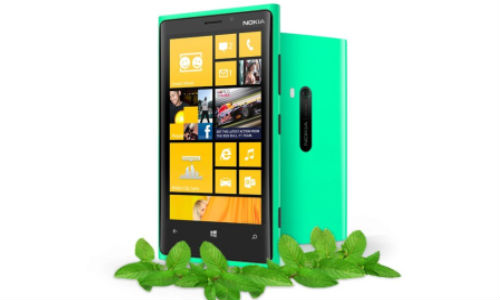 Mint Green Lumia 920: Nokia Teases New Color Variant of WP8 Smartphone