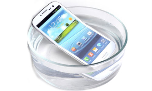 Waterproof and Dust Resistant Samsung Galaxy S4 in Works, Could Arrive