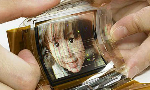 LG to Announce First Flexible OLED Smartphone in 2013