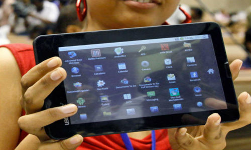 Aakash 2: DataWind Confirms 100,000 Tablets Have Been Shipped On Board