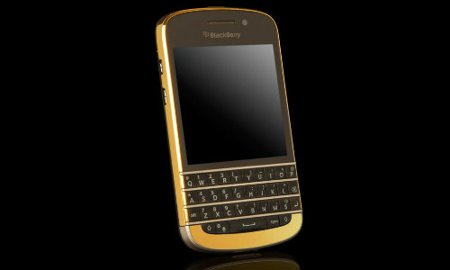 Only for the Rich: 24 Carat Gold Plated BlackBerry Q10