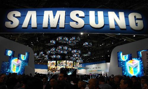 Samsung Buys 10% Stake in South Korean Phone Maker Pantech