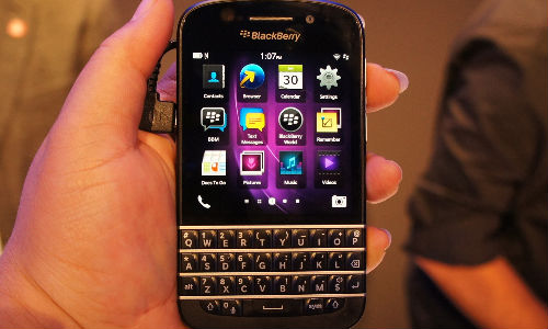 BlackBerry Q10 Goes On pre Order in India