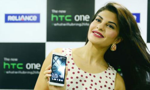 HTC One Now Available Across India at Rs 42,900: Blue and Red Versions