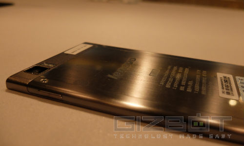 Lenovo K900 First Look: Brushed Interface Is Missing