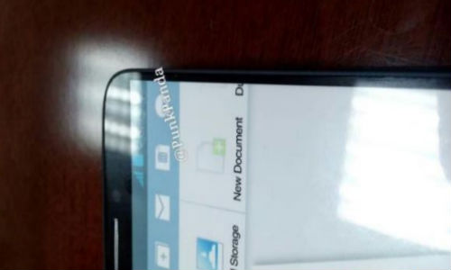 Samsung Galaxy Note 3 Image Leaks: Another Model Showing 6 Inch Screen