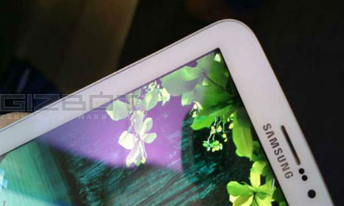 Samsung testing a high-end 12.2-inch P-905 tablet