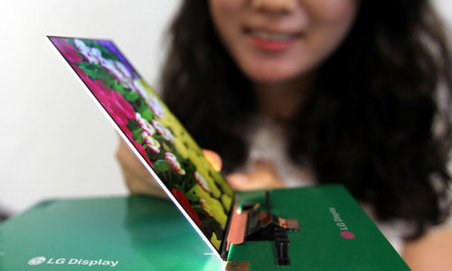 LG Unveils World's Slimmest Full HD LCD Display for Smartphones