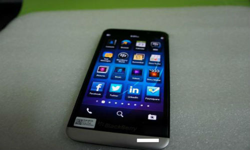BlackBerry A10 update: New Leaked Pictures Hints at Youthful Design