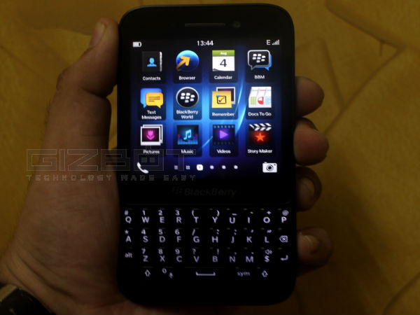 BlackBerry Q5: Hands on Review