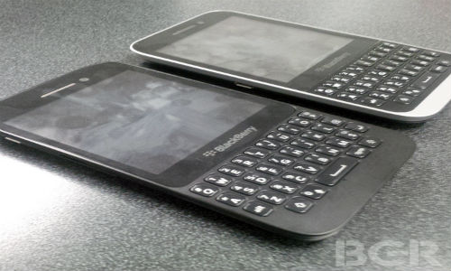 BlackBerry Kopi : Low Cost Variant of Q5 Leaked