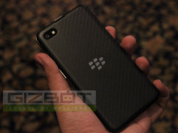 BlackBerry Z30 Hands On: First Look