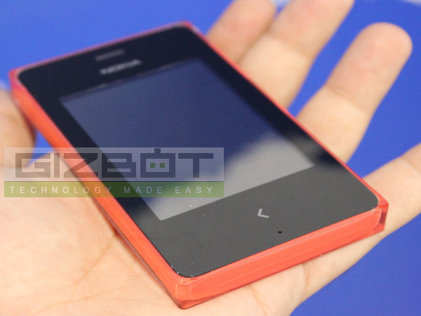 Nokia Asha 503, 502 and 500 Hands on: First look