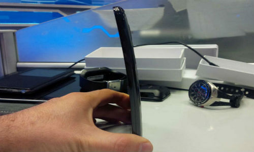 LG G Flex Curved Smartphone To Have 6 Inch 720p HD Display