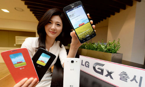 LG GX Smartphone Launched Featuring 5.5 inch FHD Display and More