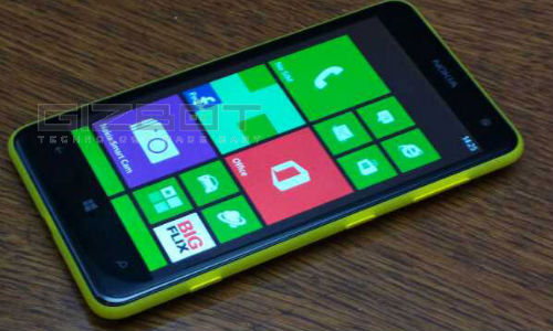 Nokia's first Dual SIM WP8 Phone Appears To Be Moneypenny