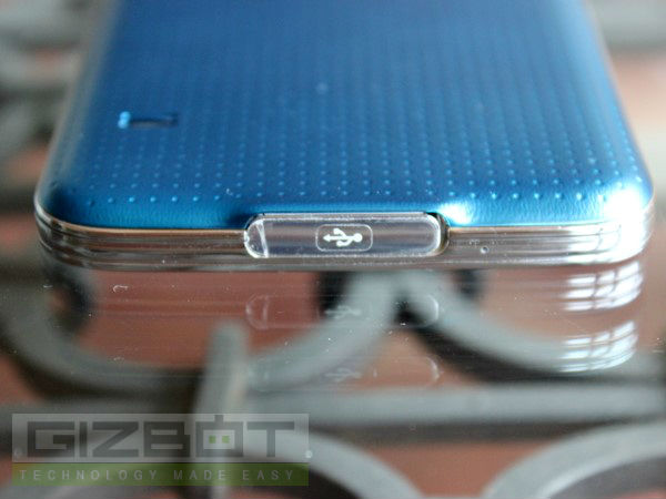 Samsung Galaxy S5 Hands on and First Look