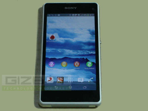 Sony Xperia Z1 Compact Review: Big Things Come in Small Package