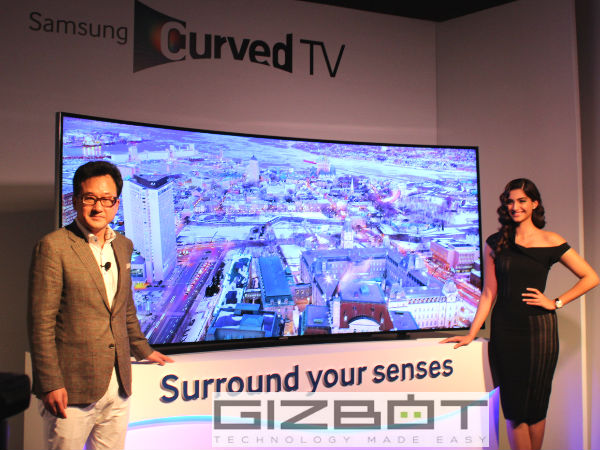 Samsung Unveils World's First Curved UHD Range of TVs in India