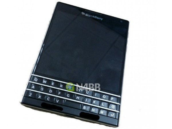 BlackBerry Q30 (Windermere) Smartphone Leaks Yet Again