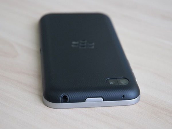 BlackBerry Z5-C Smartphone Surfaces Online After a Year