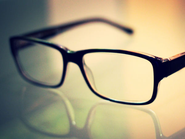 Smartphone Displays Could Correct Vision Problems Automatically Soon