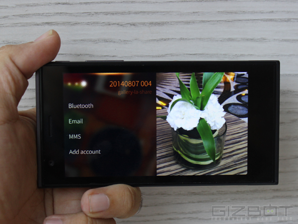 Jolla Smartphone First Look