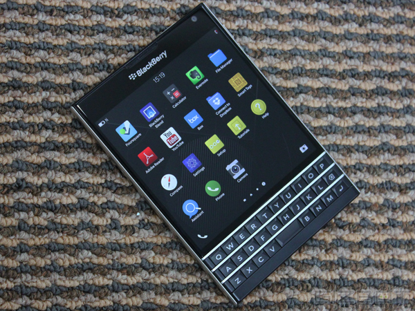 BlackBerry Passport Review: A Smartphone That Could Alter BlackBerry