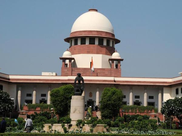 Supreme Court Issues Notices to Telecom Firms on 3G Pacts