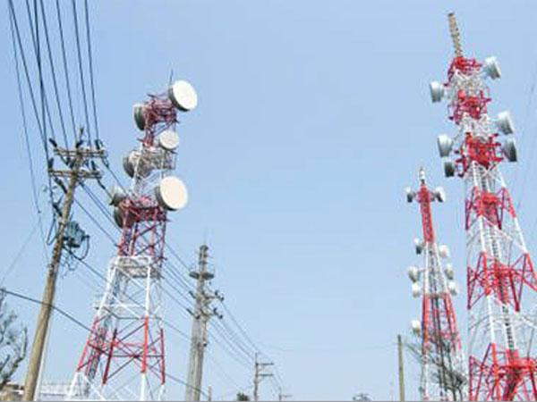 Less Mobile Towers, Low Spectrum Cause of Call Drops