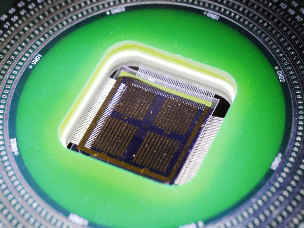 Logic, Memory Combined to Build 'High-Rise' Chip