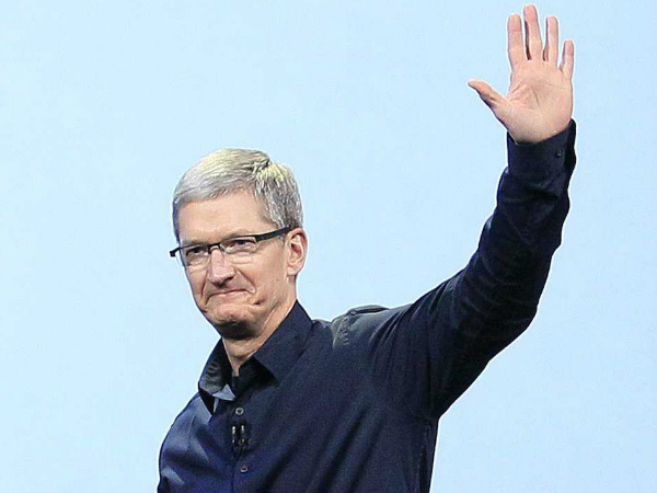 Apple CEO Donating to Gay Rights Campaign in US South