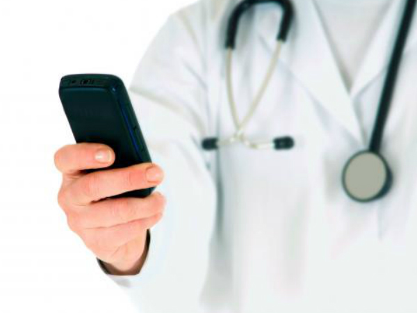 Smartphone Use on Rise in Hospitals